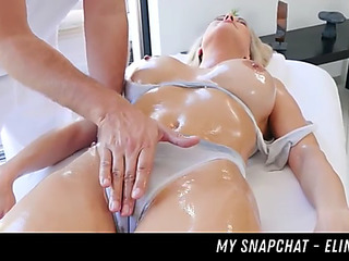 Love acquires massage and pounding her snapchat fearsomemenacing elinaxgold