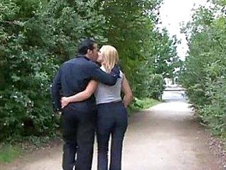 Si je baise pas ca me fait mal a la chatte !!! French amateur